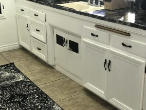 Borders on Cabinets